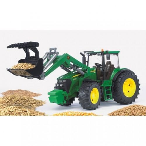 JOHN DEERE 7930-model traktoru s čelním nakladačem